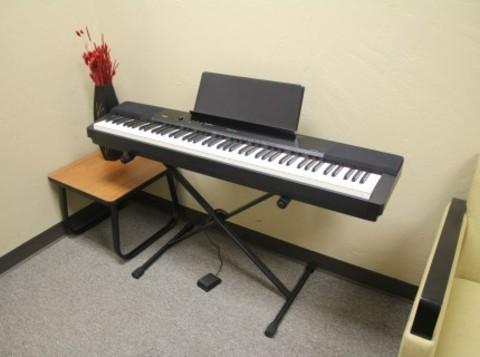 Цифровое фортепиано Casio PX-350 Privia (с крестообразной стойкой)