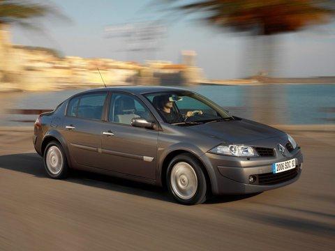 Чехлы на Renault Megane II 2003–2009 г.в.