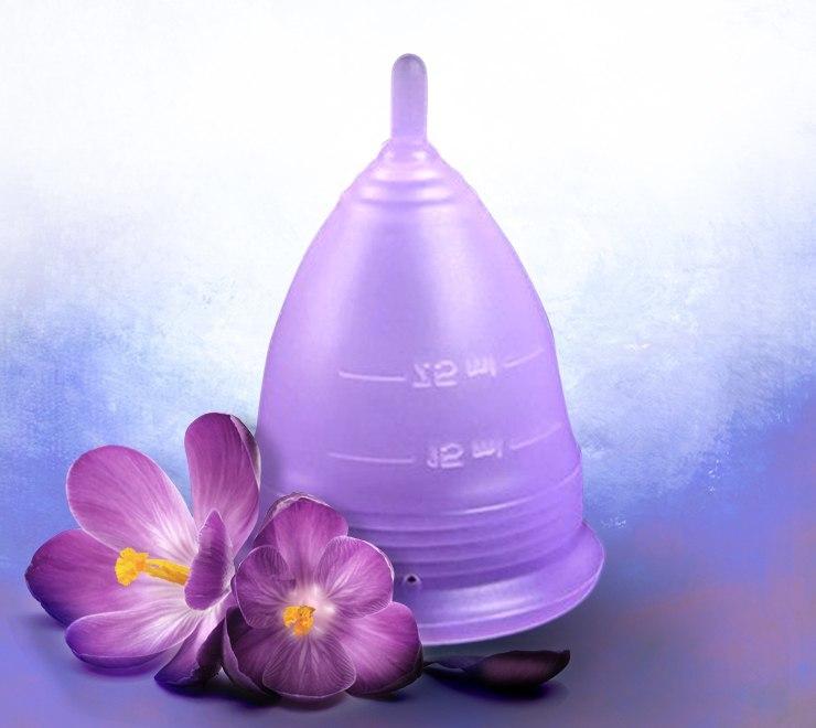 Менструальная чаша LILU цвета фиалки (размер L)