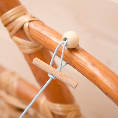 Растяжка на кроватку или коляску
