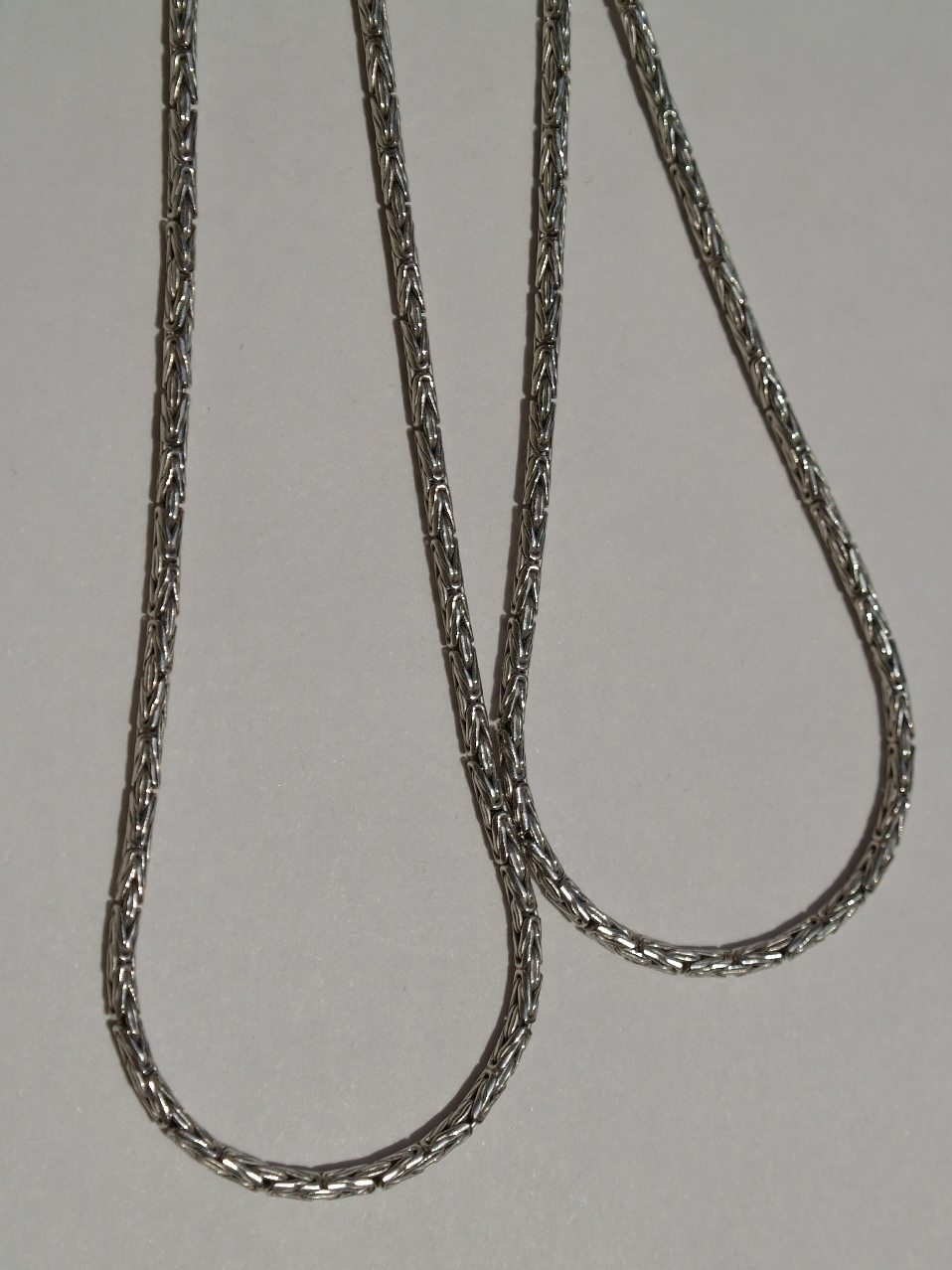 Кардинал круглый 0,2  (серебряная цепочка)