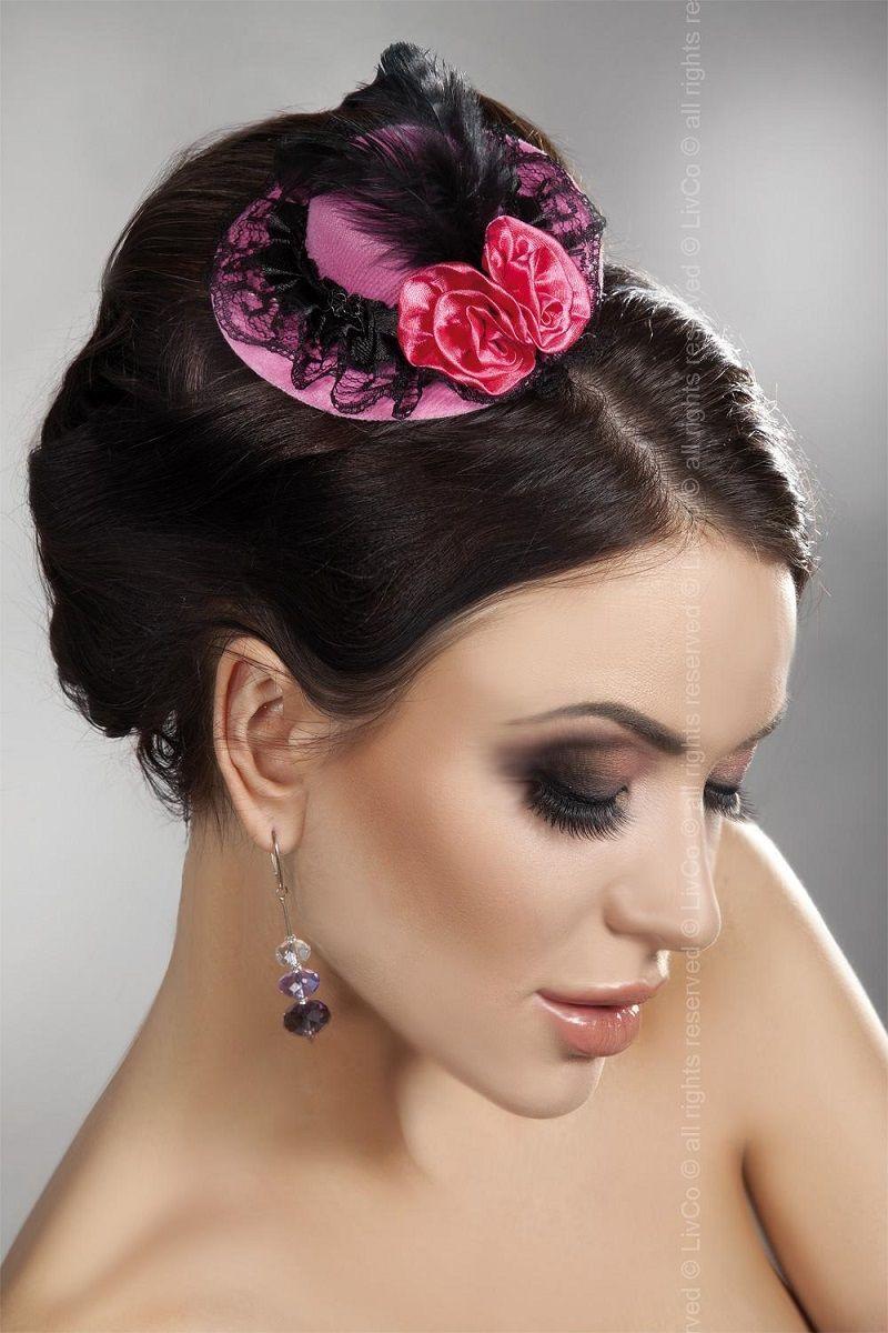 Перчатки и аксессуары: Розовая мини-шляпка с кружевом и цветами