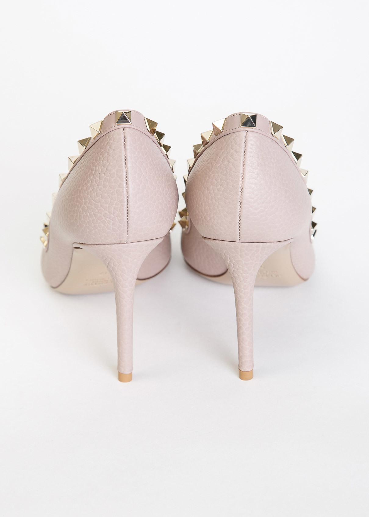 Платья и туфли с доставкой