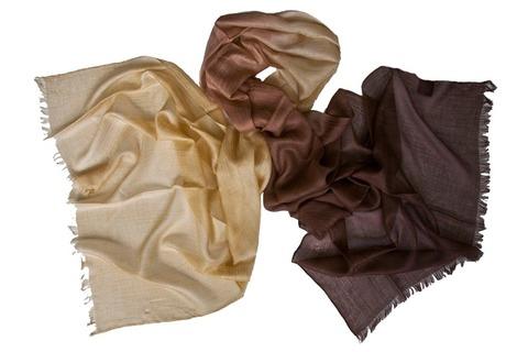 Кашемировый палантин двухцветный из бежевого в коричневый