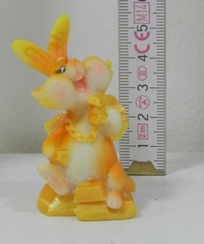 Полистоун Крольчонок с золотишком 400926