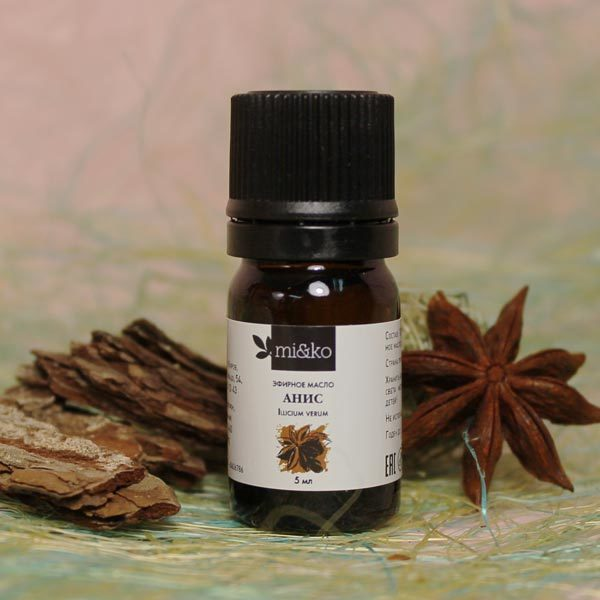 star anise essential oil - 600×600