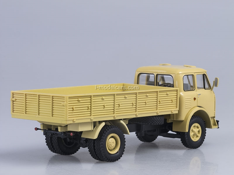 MAZ-500A board yellow 1:43 Nash Avtoprom