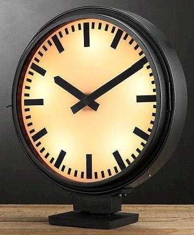 Часы настольные Restoration Hardware Дифрент с подсветкой