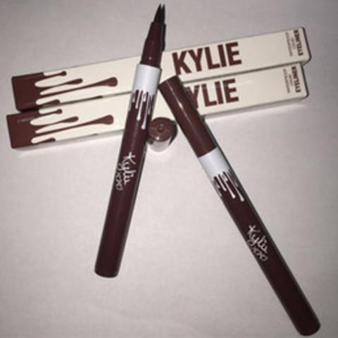 Подводка для глаз Kylie Waterproof Liquid Eyeliner