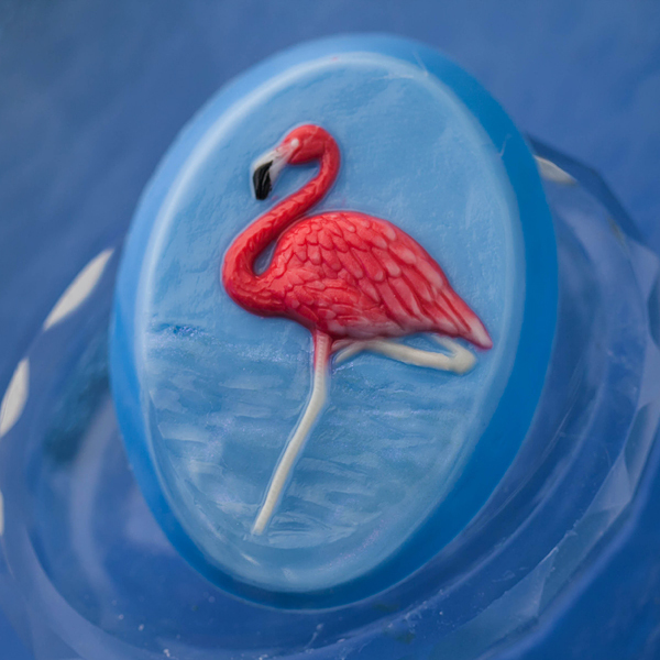 Пластиковая форма для мыла Фламинго