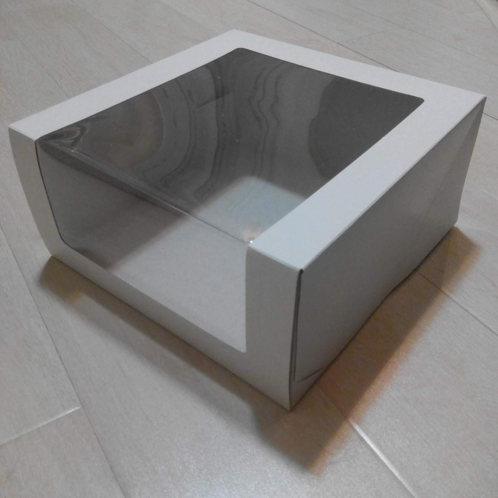 Коробка для торта 22,5*22,5*11 с окном