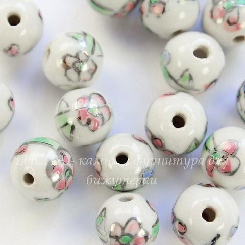 """Бусина фарфоровая ручной работы, шарик ,""""Розовый цветок на белом фоне"""", 10 мм"""