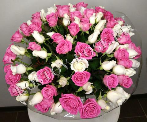 Букет из 101 местной розы сорта Акито и Аква