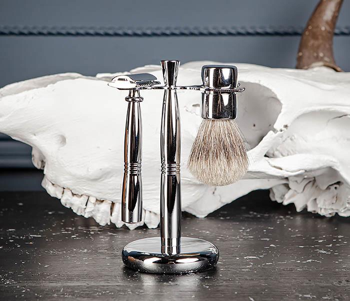 RAZ484 Подарочный набор для бритья: подставка, станок и помазок фото 02