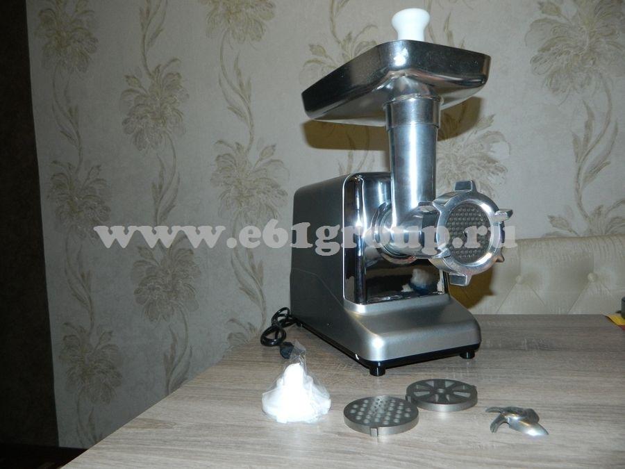 5 Мясорубка электрическая Комфорт Люкс Умница MЭ-2000Вт серебряный цвет корпуса стоимость
