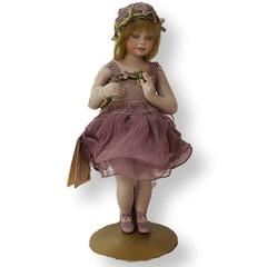 Кукла фарфоровая коллекционная Marigio Clotilde в зеленом