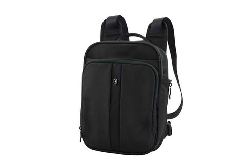 Качественный с гарантией прочный мини-рюкзак чёрный объёмом 6 л из нейлона 800D с возможностью ношения в 3 положениях и отделением для iPad, планшета или электронной книги VICTORINOX Flex Pack 31174601