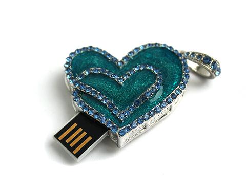 usb-флешка перламутровое сердце