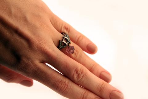 Утонченное кольцо от Dior
