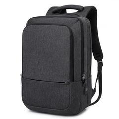 Рюкзак вместительный для ноутбука 15,6 КАКА 17009 чёрный