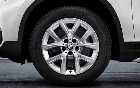 Зимнее колесо в сборе R17 Y-Spoke 574 (Pirelli Winter Sottozero 3 нешип) 36112409011 для BMW X1 (F48) 2015-