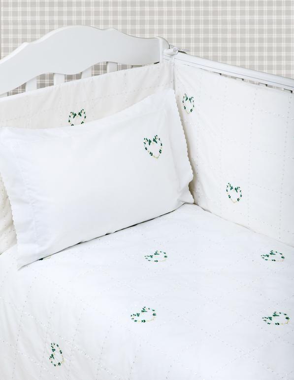 Бамперы Бампер для детской кроватки 195х45 Bovi Сердечки bamper-dlya-detskoy-krovatki-serdechki-ot-bovi-foto.jpg