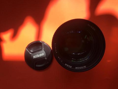 Nikon Nikkor 85 mm f/ 1.4 Ai-S комиссия