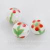 """Бусина фарфоровая ручной работы, шарик ,""""Красный цветок на белом фоне"""", 11 мм"""