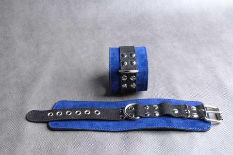 Велюровые БДСМ наручники широкие прошитые