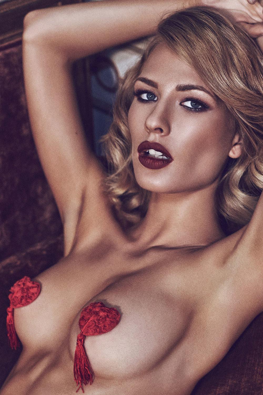 Эротические красные пэстис ввиде сердечек с кисточками (Эротические пэстисы на соски)