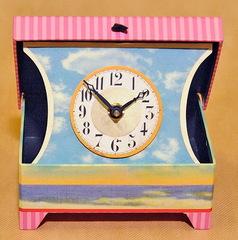 Часы настольные Timeworks Beach Girls BCAB2S