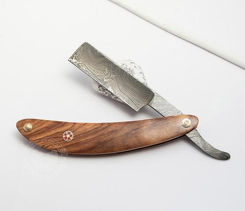 RAZ282 Опаска с лезвием из дамасской стали с деревянной рукояткой