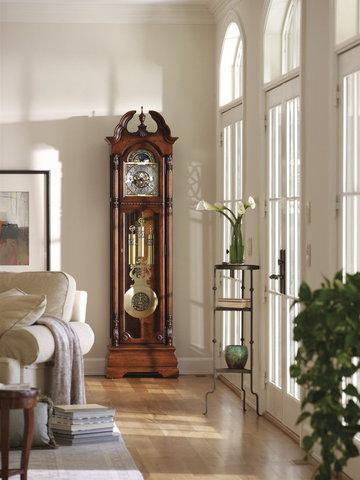 Часы напольные Howard Miller 611-084 Ramsey
