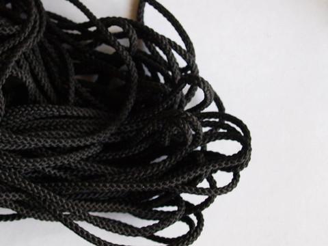 Шнур отделочный плетеный 4 мм.