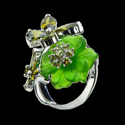 Кольцо с цветком из кварца и фианитами