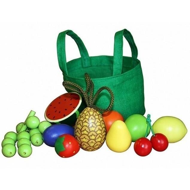 Набор фруктов и ягод из дерева