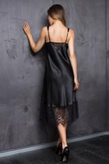 Сорочка женская черная шелковистая с кружевом
