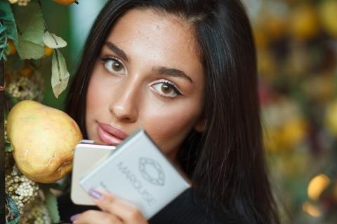 АКЦИЯ 1 + 1 = 3 Набор цветных линз: Серые + серо-зеленые + медовые линзы на 12 мес Marquise / Маркиза - при покупке двух пар - третья в подарок + комплект аксессуаров
