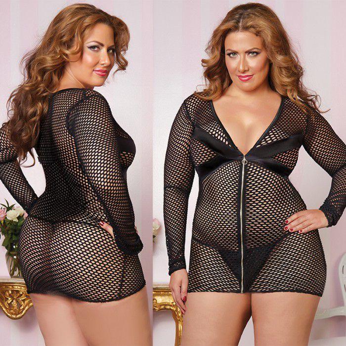 БОЛЬШИЕ размеры: Обтягивающее платье увеличенного размера из крупной сетки с застежкой-молнией