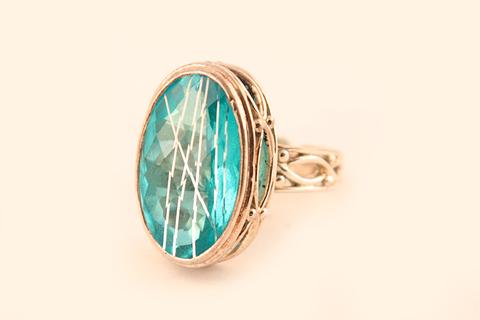 Элегантное серебряное кольцо от Sajen