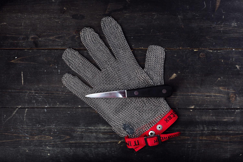Перчатки кольчужные для вскрытия устриц