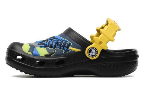 Сабо Крокс (Crocs) пляжные шлепанцы кроксы для мальчиков, цвет черный. Изображение 2 из 7.