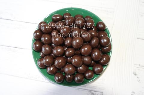 Фундук в темном шоколаде