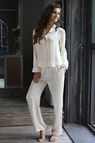 Кремовая женская свободная элитная светлая удобная натуральная шелковая пижама Mia-Mia на пуговицах