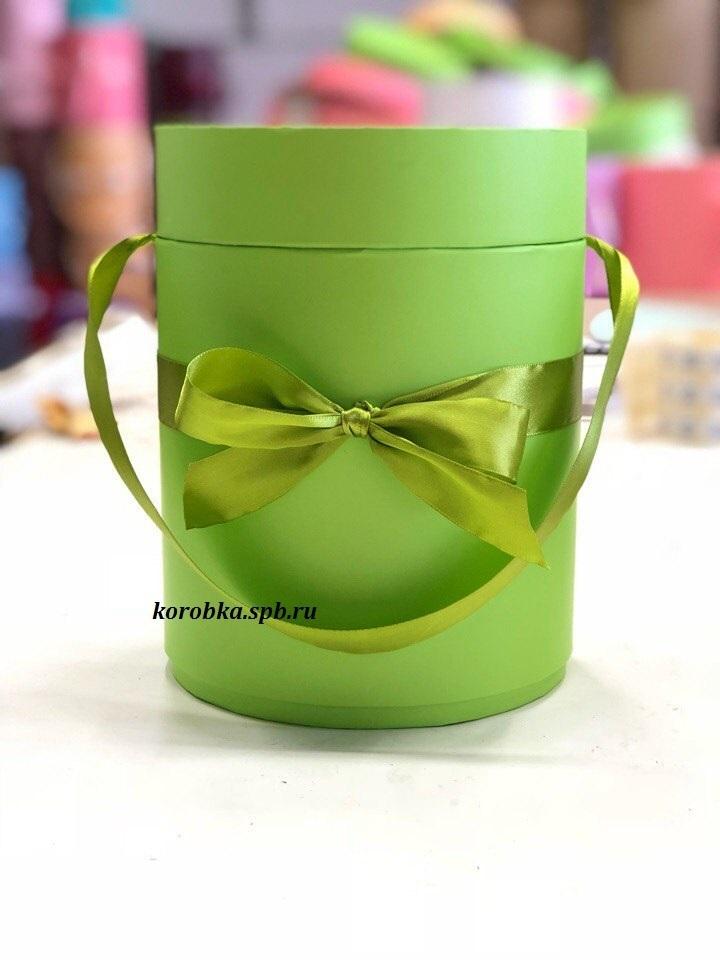 Шляпная коробка D 16 см .Цвет: зеленый . Розница 350 рублей.