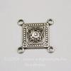 Винтажный декоративный элемент - коннектор квадратный (2-2) 16х16 мм (оксид серебра)