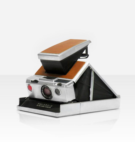 Polaroid SX-70 (by MiNT)