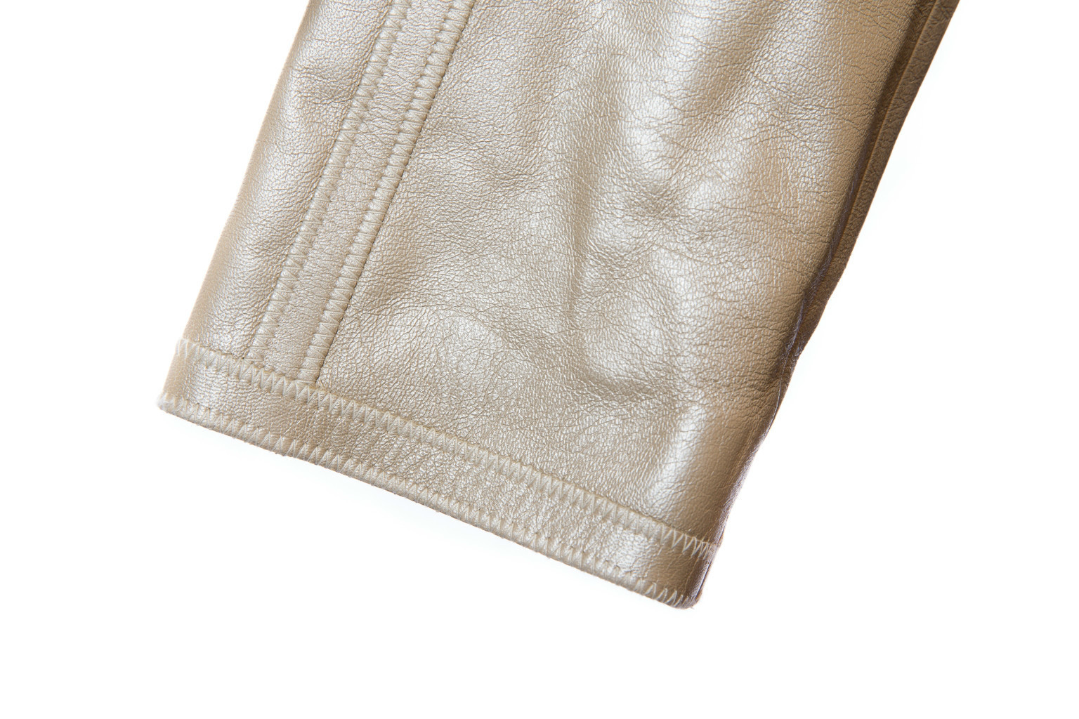 Элегантная кожаная куртка золотистого цвета, 38 размер