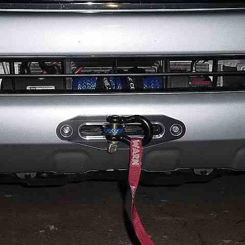 Установка лебедки Mazda BT50 фото-1