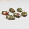 Кабошон овальный Унакит, 25х18х7 мм